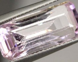 8.5  CTS  PINK KUNZITE FACETED STONE   CG-1936