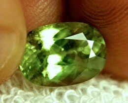 CERTIFIED - 5.05 Carat SI Rainbow Sphene - Beautiful Gem