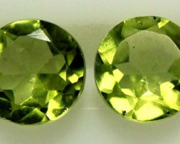 1.50 CTS PERIDOT BRIGHT GREEN PARCEL (2 PCS)  CG-1967