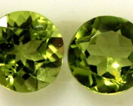 1.60 CTS PERIDOT BRIGHT GREEN PARCEL (2 PCS)  CG-1969