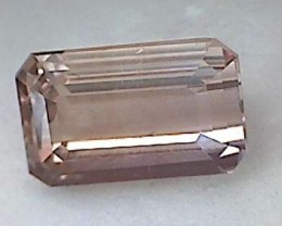 Peachy Gold magnificent 5.85 ct Topaz  A335