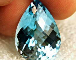 30.32 Carat Vibrant Blue IF/VVS1 Topaz