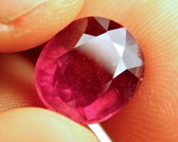 9.29 Carat Vibrant Red Ruby - Gorgeous