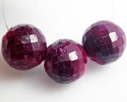 Parcel 3 Ruby Beads BU503