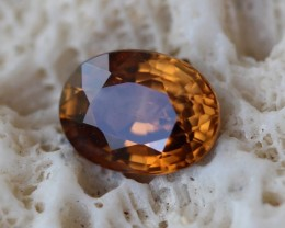 2.85 CT ZIRCON HONEY YELLOW VVS GREAT COLOR!