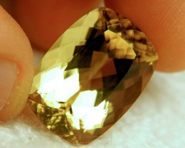 26.3 Carat IF/VVS1 Golden Andesine