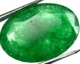 Quartz Emerald Green colour   9.90  carats   QU73