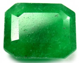 Quartz Emerald Green colour   10.30  carats   QU73