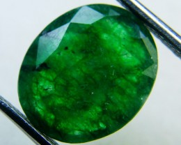 Quartz Emerald Green colour   4.10  carats   QU130