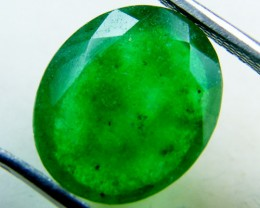 Quartz Emerald Green colour   4.15  carats   QU142