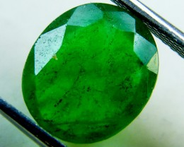 Quartz Emerald Green colour  4.25  carats   QU147