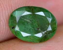 2.80 ct  natural Untreated   Emerald