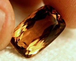 15.17 Carat VVS1 Golden Brown Brazil Topaz
