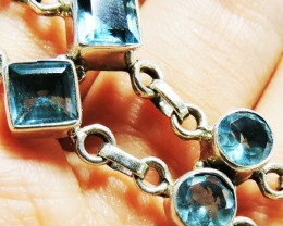 Topaz Blue set in silver rBracelet HS 1376