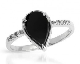 14K WHITE GOLD ONYX AND DIAMOND RING  SZ 8