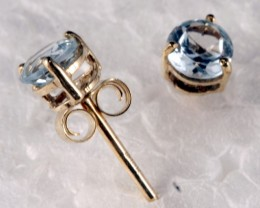 10K Gold Earring set with genuine Topaz SE-107
