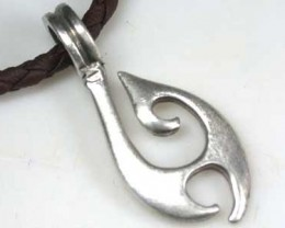 NATURAL PEWTER PENDANT RETAIL $19.99  PE 44