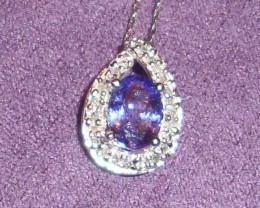 1.10 ctw tanzanite and diamond pendant in 10 ct. white gold