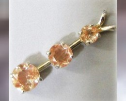 A Gorgeous Oregon Sunstone Pendant ~ 3 VVS Gems ~ 2.30ctw