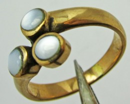 MOTHER PEARL INLAID  RING SIZE 5  GG 1123