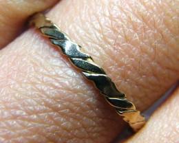 .82 GRAMS 9 K GOLD RING        .82 GRAMS     SIZE   7     LR 24
