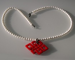 VERY NICE WHITE SHELL and RED CORAL PENDANT NECKLACE 42cm