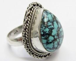 Beuatiful  Turquoise Ring Size    7.5   MJA353