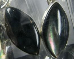 PARCEL3 BLACK  SHELL  STERLING SILVER  EARRING MYT 595