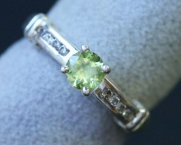 CZ Natural  Peridot in Silver Ring Size 7.25 BU1496