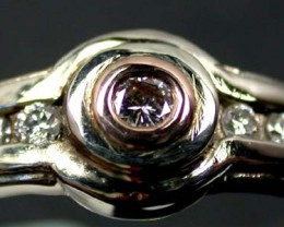 CERTIFIED AUST0.04  PINK DIAMOND  GOLD RING SIZE 7.5 OP33