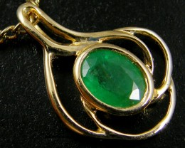 NATURAL EMERALD 14K YELLOW GOLD PENDANT  MYT 783