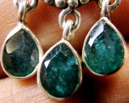 MOZAMBIQUE CLUSTER EMERALD SILVER PENDANT RT 180