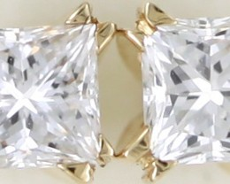 Australian 18ct  Gold Classic Diamond Earrings .35 ct  JAO42