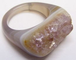Solid unique crystal on Agate ring size  8.5  MJA 702