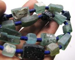 ANCIENT ROMAN GLASS NECKLACE   275 CARATS GTT 1544