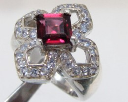 Garnet set in Silver ring size 5.5  MJA 809