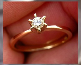 Stunning Diamond & Solid YG Ring size 7 ~ Very High Quality