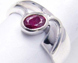 MODERN RUBY STERLING SILVER RING SIZE   7.5   GTJA 103