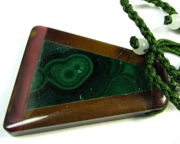 78 CTS  MALACHITE SET IN INLAY DESIGN GG216