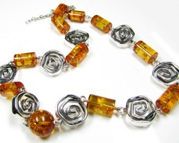 BALTIC AMBER  BEAD NECKLACE 54 CM LENGTH   MYG 447