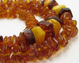63 CTS NATURAL  BALTIC AMBER NECKLACE 44 CM  MGMG240