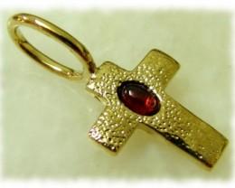 4.58g Brass Cross Pendant With GARNET