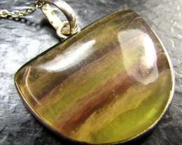 BEAUTIFUL RAINBOW FLOURITE PENDANT MYG 1334
