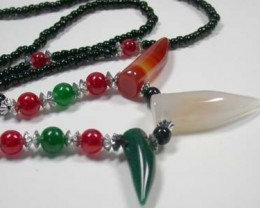 NEW TRIBAL TOOTH SHAPE AGATE NECKLACE    TR87