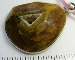 CRYSTAL DRUSY AGATE  PENDANT   QT381