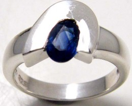 MODERN SAPPHIRE STERLING SILVER RING SIZE 7.5 GTJA 114