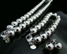 AWESOME  RHODUIM PLATED SOLID BALL NECKLACE  BEAUTIFUL !