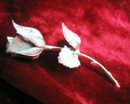 GIOVANNI SILVER ROSE COLLECTORS VINTAGE PIN / BROOCH 1960'S