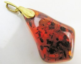 19.8 cts large amber set in bale       MJA 989