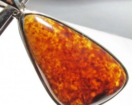 32.84 CTS INDONESIAN AMBER PENDANT -SILVER [SJ4478]